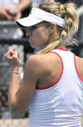 http://img121.imagevenue.com/loc207/th_63747_33ea312285433d502a638f71822db7fa_getty_tennis_open_aus_122_207lo.jpg