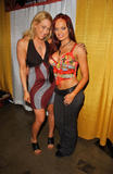Christy Hemme & Jennifer Blanc - Wizard World Convention in LA - March 16, 2007 Foto 105 (Jessica Alba & Jennifer Blanc - Мастер мир конвенции в Лос-Анджелесе - 16 марта 2007 Фото 105)