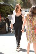 http://img121.imagevenue.com/loc471/th_249164451_MandyMoore_TheFourthAnnualVeuveClicquotPoloClassic29_122_471lo.jpg