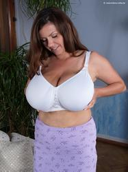 Milena Velba's Huge Tits Full of Milk - Picture 1