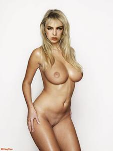 Wilde nude kim 43 Nude